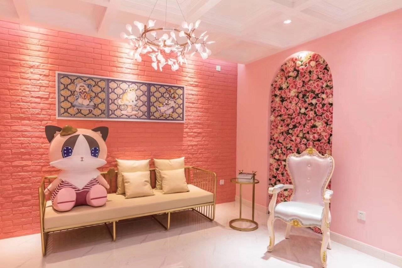 网红店,布置很合理,店面也很干净整洁,装修风格粉粉嫩嫩的少女心爆棚